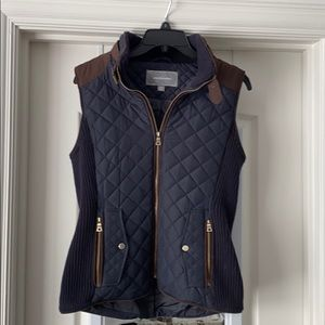 Johnston and Murphy women's quilted vest.